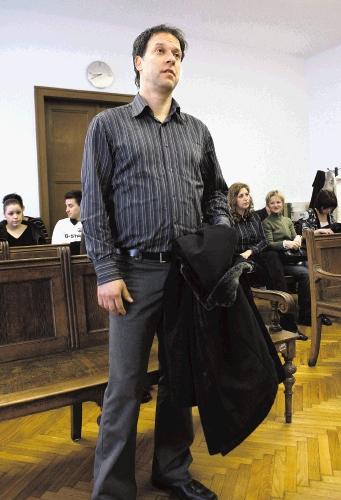 Robert Zavašnik, lastnik kluba Lipa in jaz sva danes srečala na sodišču