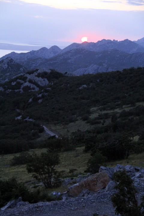 Sončni zahod na vrhu