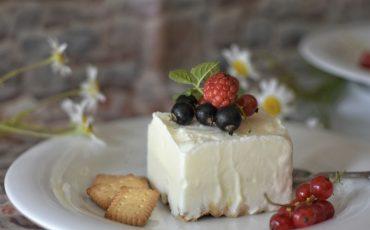 jogurtovo pecivo s češnjami